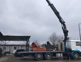Камион-с-крак-с-товароносимост-15-тона-и-дължина-на-крана-16-м