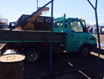 Камион за извозване на строителни отпадъци 4