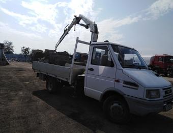 Камион с кран на Рем Транс ООД